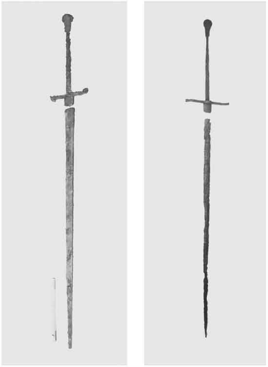 The sword before and after restoration